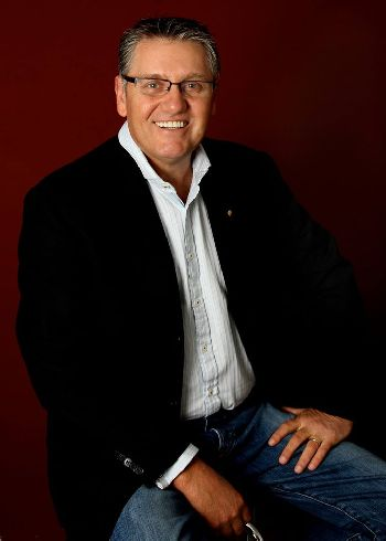 Ray Hadley - special guest at Hills Winter Sleep Out 2017